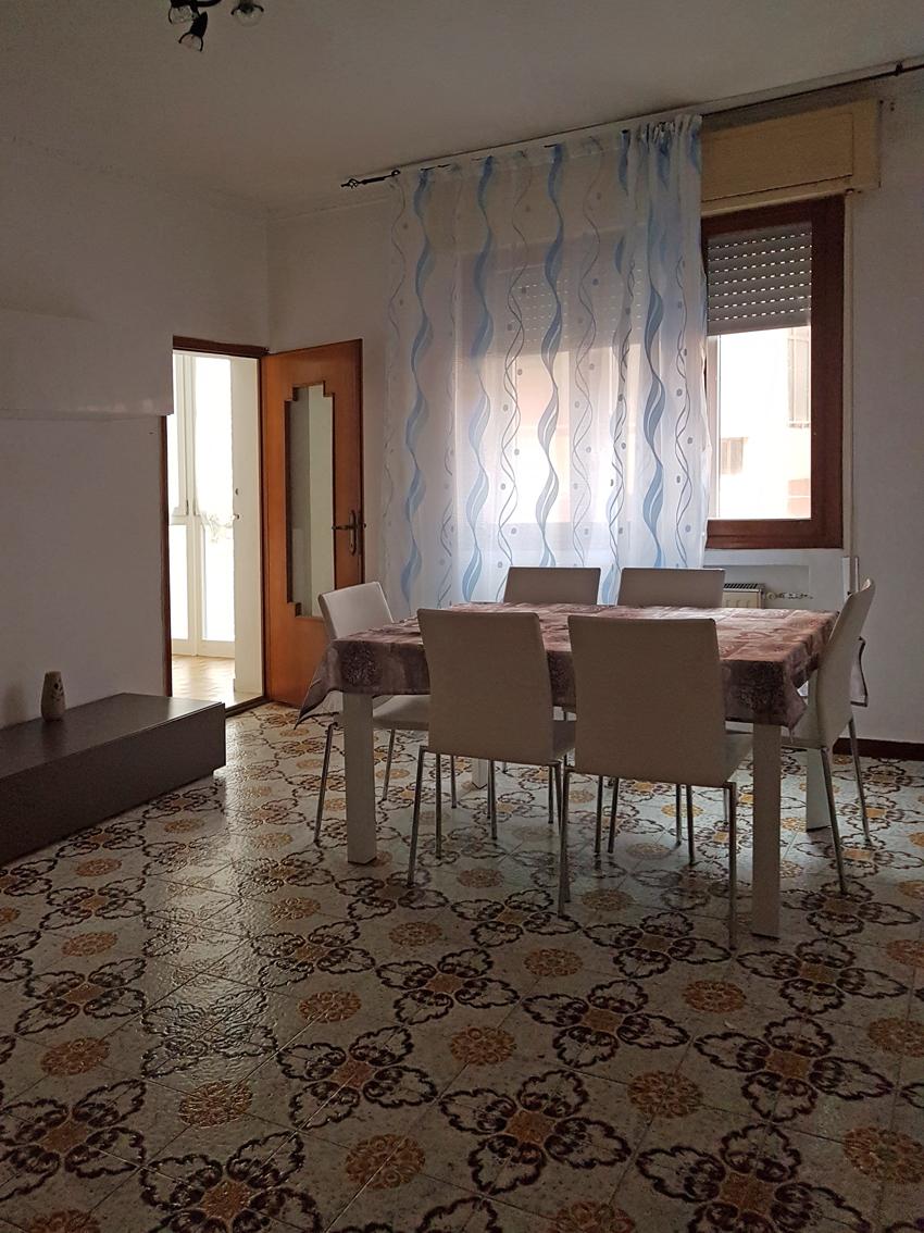 Eurocasa immobiliare chioggia ve for Appartamento affitto aprilia arredato