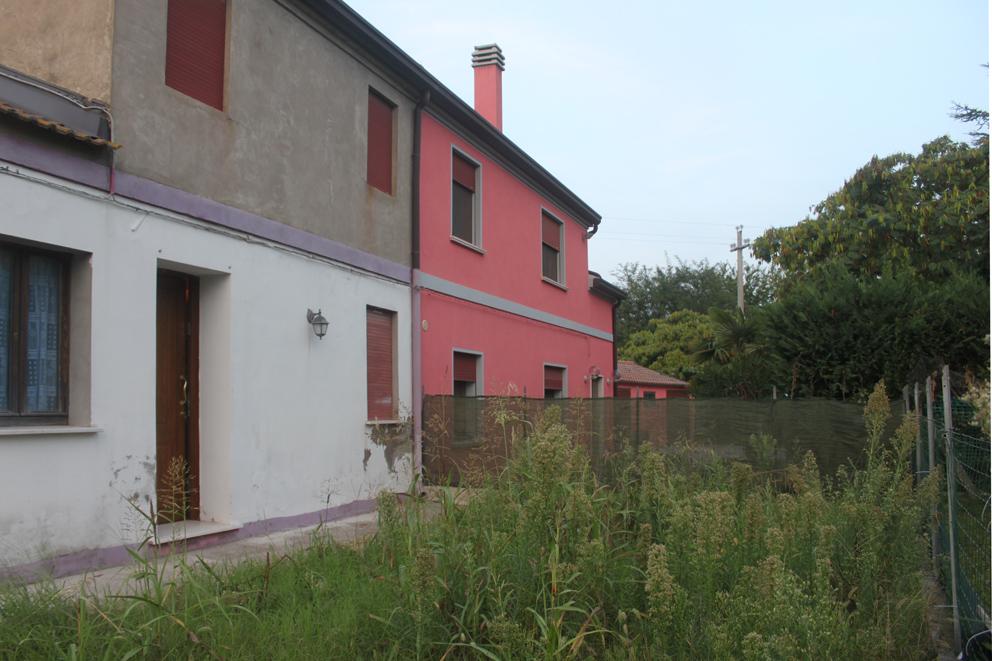 Eurocasa immobiliare chioggia ve for Due piani casa vittoriana