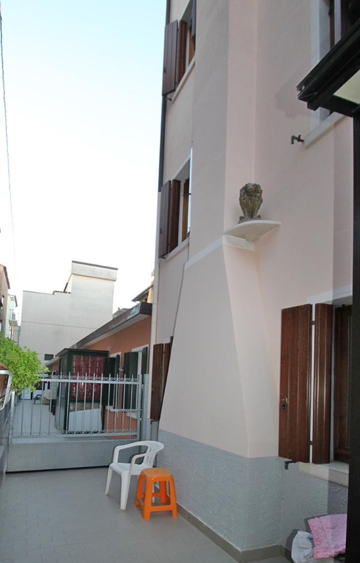 SOTTOMARINA CASA ACCOSTATA SU PIU' LIVELLI